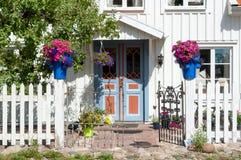Eingang zu einem Wohngebäude in Schweden Lizenzfreies Stockbild