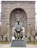 Eingang zu Niagara Falls NY mit Statue von Nikola Tesla Stockfotos