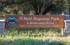 Eingang zu O 'Neill Regional Park lizenzfreie stockbilder