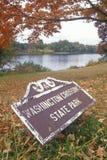 Eingang zu Washington Crossing State Park, auf szenischem Weg 29 in NJ lizenzfreies stockbild
