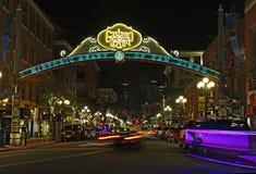Eingang zum Gaslamp-Viertel von San Diego, Kalifornien stockbilder