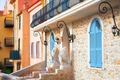 Eingang zum Haus in Antibes Frankreich Stockfotografie