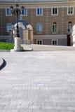 Eingang zum Haus mit Laterne Stockfotografie