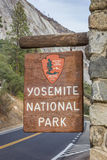 Eingangszeichen an Yosemite Nationalpark stockbild