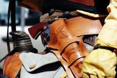 Eingehangener Mitfahrer mit Revolver #2 Stockfotografie