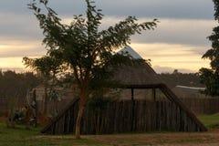 Eingelassener Sonnenuntergang der Hütte Haus in Addo Wildlife Stockbild