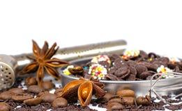 Eingestellt für die Herstellung der heißen Schokolade lizenzfreie stockfotos