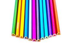 Eingestellte sch?ne wei?e, farbige Bleistifte von farbige Bleistifte auf wei?em Hintergrund Bald zur Schule Zur?ck zu Schule lizenzfreie stockbilder