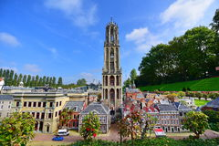 Eingestufte Replik von Dom Tower am Madurodam-Miniaturpark lizenzfreie stockbilder