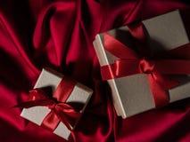 Eingewickelte Weinlesegeschenkbox Kopieren Sie Platz Stockbild