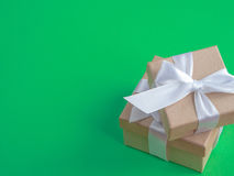 Eingewickelte Weinlesegeschenkbox Kopieren Sie Platz Lizenzfreies Stockfoto