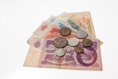 Einige alte sowjetische Banknoten und Münzen Stockfotos