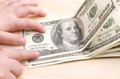 Hundert amerikanische Dollar stockfotos
