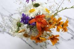 Einige Blumen von der Wiese Stockfotografie