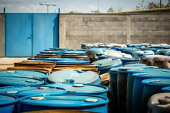 Einige Fässer toxische Substanz Stockbilder