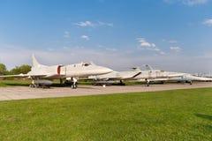 Einige Flugzeuge des Tupolevs Tu-22 stockbild