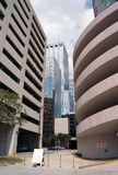 Einige Gebäude im Stadtzentrum gelegen, Straßenstufe Lizenzfreie Stockfotografie