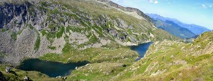 Einige Seen im Grün der Pyrenäen Lizenzfreies Stockbild