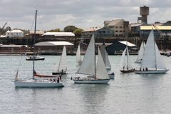Einige Segel-Boote Stockfotos