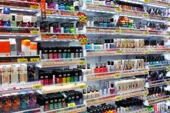 Einkauf für Kosmetik Stockbild