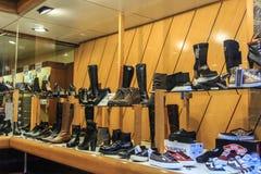 Einkauf für Schuhe Stockbild