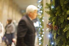 Einkauf für Weihnachten Lizenzfreie Stockfotos