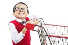 Einkauf für zurück zu Schule stockfoto