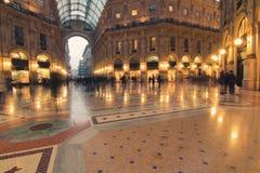 Einkaufen-Galerie in Mailand lizenzfreies stockfoto