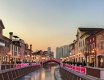 Einkaufsstraße in Tianjin, China Stockbild