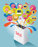 Einkaufstasche mit Verkaufs-Text und verschiedenen Ikonen Lizenzfreie Stockbilder
