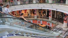 Einkaufsviertel stock footage