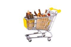 Einkaufswagen mit Beutel Stockbild