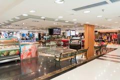 Einkaufszentruminnenraum Stockfotografie