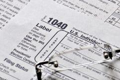 Einkommenssteuer-Zeit Lizenzfreie Stockfotos