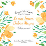 Einladungsbrautduschkarte mit orange Blumenschablone Stockfotos
