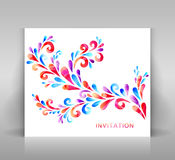 Einladungskarte mit Blumendekoration Stockbild