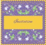 Einladungskarte mit Blumenverzierung Stockfotografie