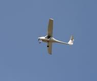 Einmotoriges Flugzeug Lizenzfreie Stockfotografie