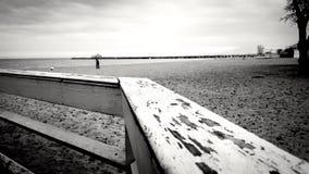 Einsam auf dem Strand Stockfotos