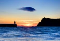 Einsame Wolke nach Sonnenuntergang Stockbild