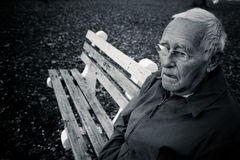 Einsamer älterer Mann Lizenzfreie Stockfotografie
