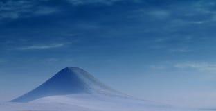 Einsamer Berg Lizenzfreie Stockbilder