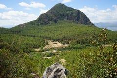 Einsamer Berg Lizenzfreies Stockbild