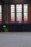 Einsamer Stuhl Stockbild