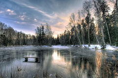 Einsamer Winter-Abend Stockbilder