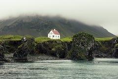 Einsames isländisches Haus Stockfotografie