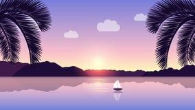 Einsames Segelboot auf einem ruhigen See mit einem schönen Bergblick bei Sonnenaufgang stock video footage