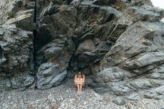 Einsamkeit in den Felsen Stockfoto