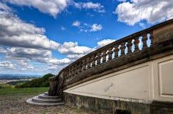 Einsamkeit-Schlosstreppen   Stockbild