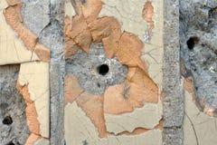 Einschusslöcher in der Wand Stockbild